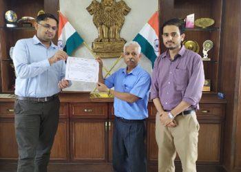Girijananda Chowdhury Institute of Management and Technology wins Green Champion Award 1