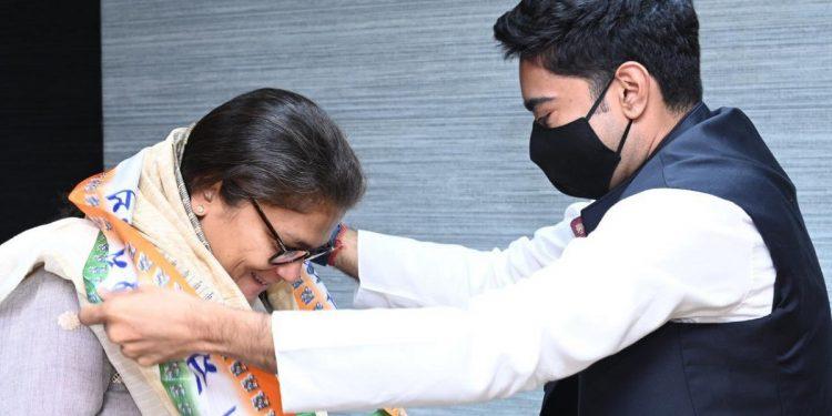 Former Assam Congress MP Sushmita Dev joins TMC 1
