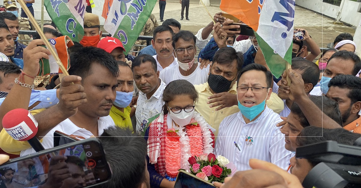 Assam: After joining TMC Sushmita Dev arrives at Silchar, accorded warm welcome 3