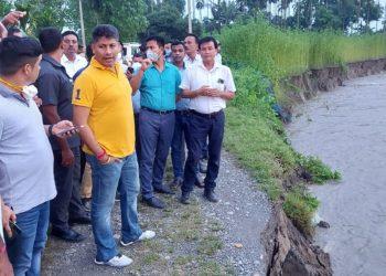 Assam minister Pijush Hazarika visits flood hit areas in Chirang district 4