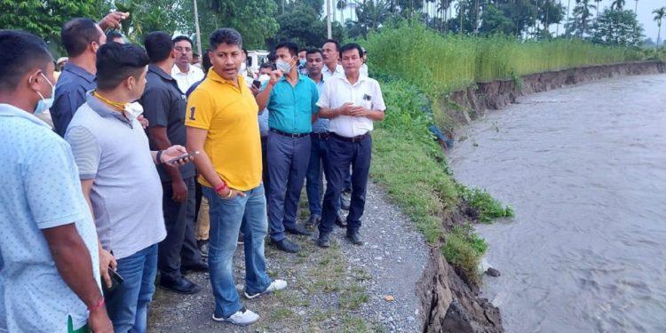 Assam minister Pijush Hazarika visits flood hit areas in Chirang district 1