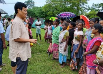 Assam minister UG Brahma visits relief camps in flood affected Chirang district 3