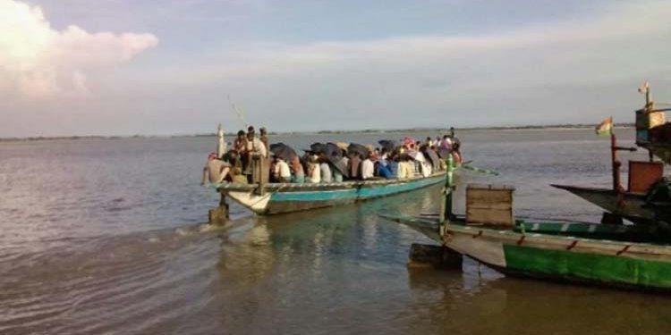 boats on Brahmaputra in Dhubri