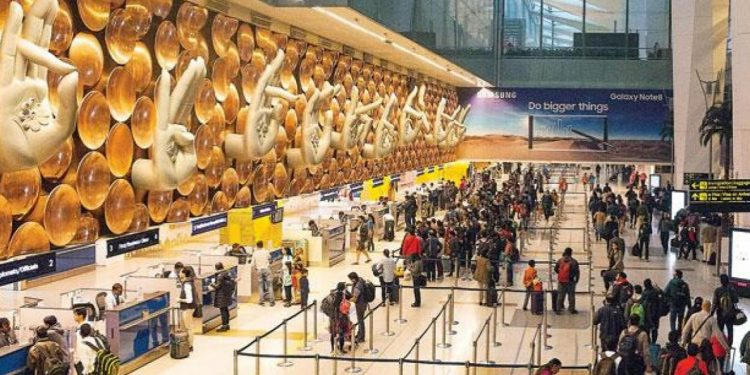 Security at Delhi airport beefed up after bomb threat email 1