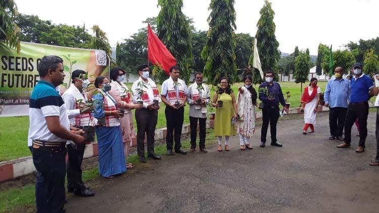Assam: PAN KV Maligaon Alumni Association initiates plantation drive in Guwahati 5