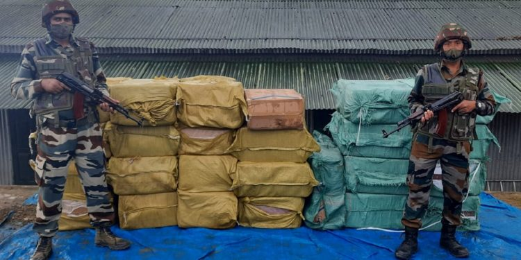 Mizoram: Consignment of foreign cigarettes worth over 97 lakhs seized by Assam Rifles 1