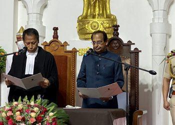 Jagdish Mukhi takes oath as Nagaland Governor 2