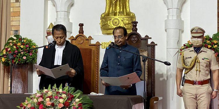 Jagdish Mukhi takes oath as Nagaland Governor 1