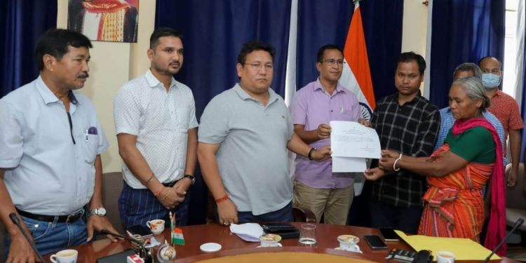 Assam: BTC administration hands over appointment letter to kin of alleged fake encounter victim 1