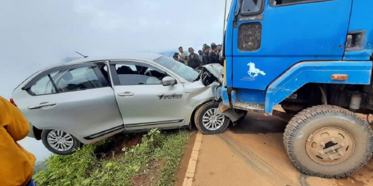 Hanging by a thread: Accident along Pynursla-Shillong road in Meghalaya, dumper rams into car 1