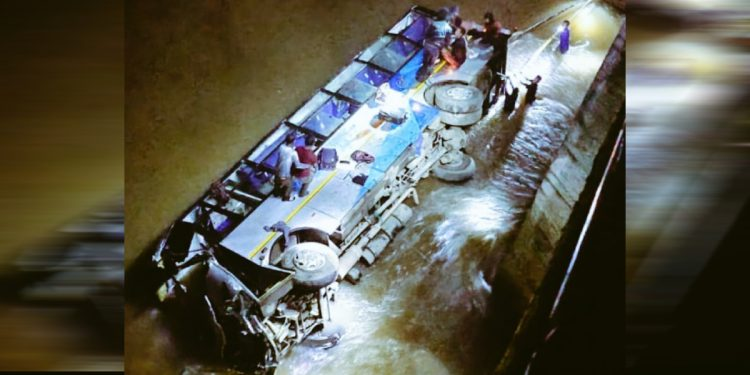 Meghalaya: 6 dead, over dozen injured as MTC bus plunges into Ringdi river 1