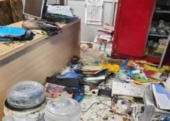 Tripura: BJP workers vandalize newspaper office in Agartala, set vehicles on fire 5