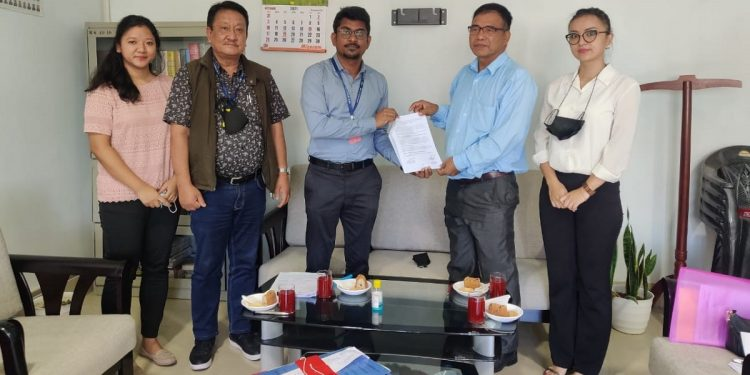 Mizoram EC signs MoU with postal department for delivery voters' I-cards 1