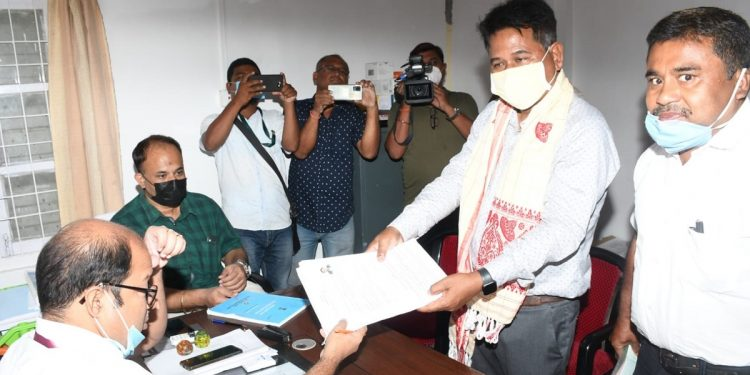 Assam by-polls: BJP's Emmanuel Mosahary files nomination from Tamulpur as independent candidate 1