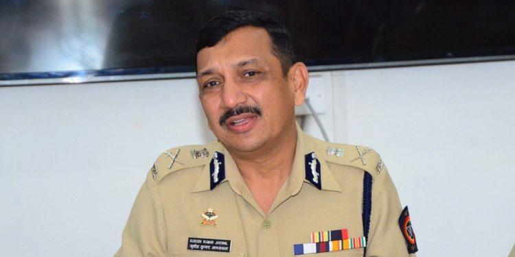 Cash-for-transfers case: CBI chief summoned by Mumbai police 1