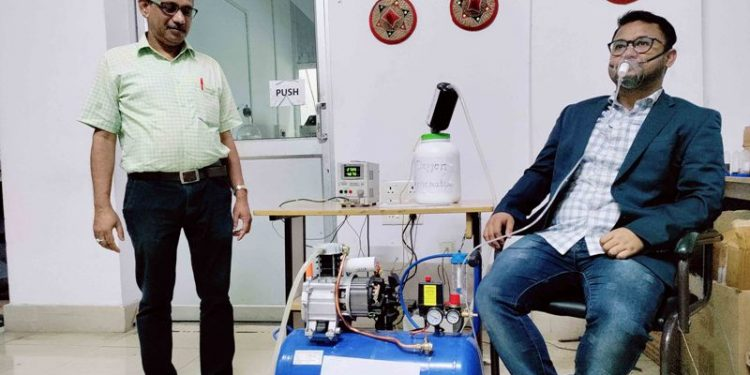 Tezpur University researchers design low-cost portable high-pressure oxygen generator from water 1